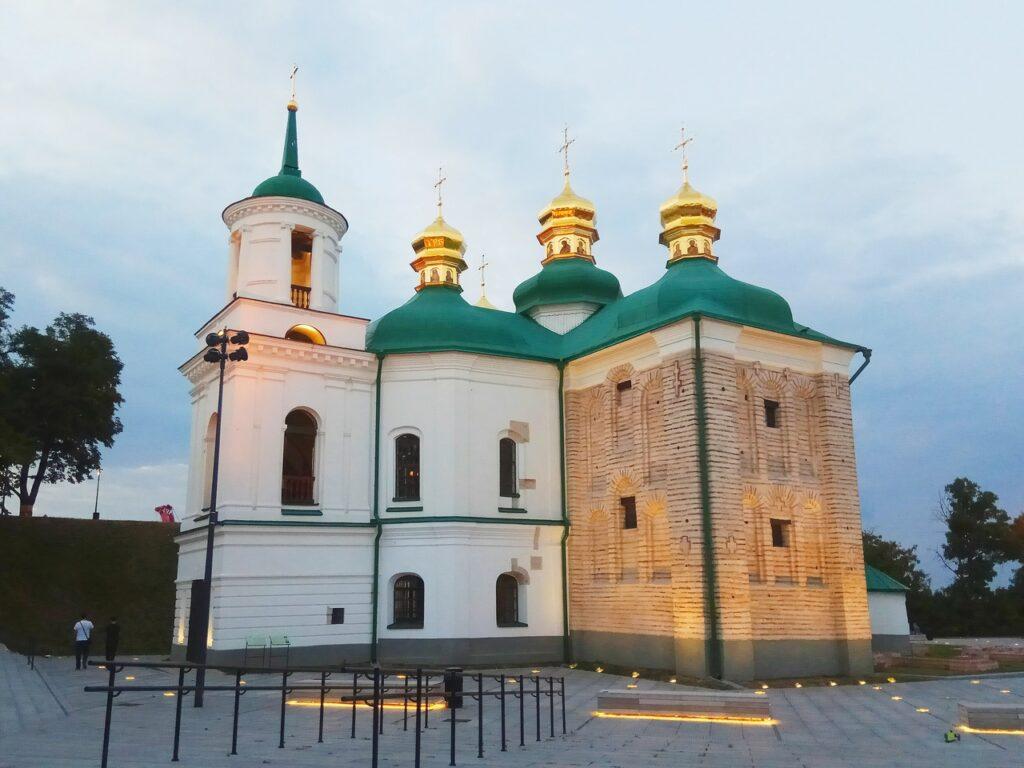 Церква_Спаса_на_Берестові_Л